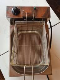 Fritadeira Elétrica Profissional 1 Cuba 5 Litros Aço Inox 110V<br><br>