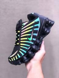 Tênis Nike 12 Molas, tem mais cores e variedades