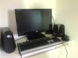 Monitor, mouse, teclado