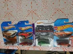 Lote Hot Wheels com 4 miniaturas lacradas raras!