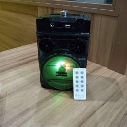 Caixa de som via Bluetooth,com controle remoto- Nova, R$ 120,00