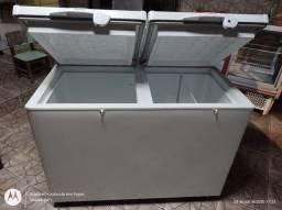 Freezer horizontal Frigelar 584 litros