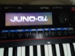Teclado Rolland Juno GI c/ estojo case