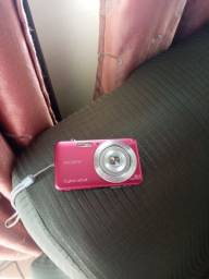 Câmera digital da Sony  semi Nova.