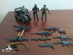 Lote bonecos soldados