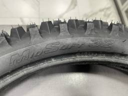 Pneu Pirelli 80/100-21 Scorpion MX Mid Soft pneu trilha dianteiro