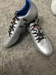 Chuteira Adidas n45