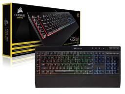 teclado gamer com fio corsair (33105-5)  k55 retroiluminacao rgb