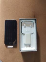 iPhone 8- 64GB Novo em Folha
