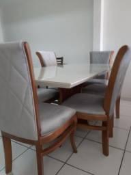Ultima peça-Mesa madeira com tampo laqueado +6 cadeiras modelo tulipa