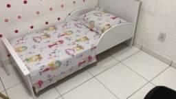 Mini cama + colchão e lençol de elástico