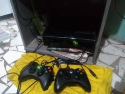 Vendo ou troco um Xbox 360