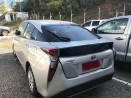 Carro batido Toyota Prius 2018 - 59.000kms