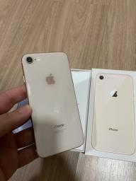 iPhone 8 64gb dourado!
