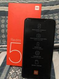 Redmi 5 32 GB - OBS: de 32 GB tem 3 GB de memória ram)