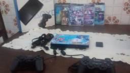 Play station 2 slim do último modelo, desbloqueio matrix, com 2 controles e 10 jogos