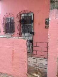 Vende -se uma casa com duas sala dois quarto cozinha banheiro e varanda