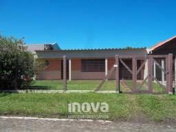 Casa 02 dormitórios no Centro de Tramandaí