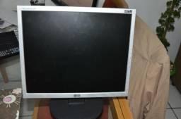Monitor LCD 17 LG Flatron Entradas DVi e VGA Computador PC Desktop Notebook