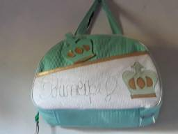 Vendo essa bolsa novinha ela é 60 fasso de 50