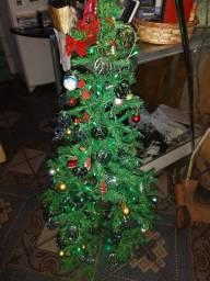 Árvore de Natal Completa.