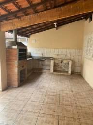 Linda Edicula de 2 dormitórios no jardim Itamaraty