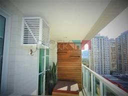 Apartamento à venda com 3 dormitórios cod:RCAP31222