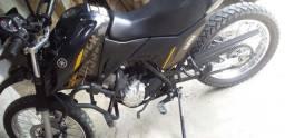 Moto crosser xtz 150.