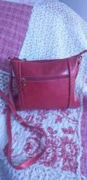 Bolsa de couro vermelha semi nova