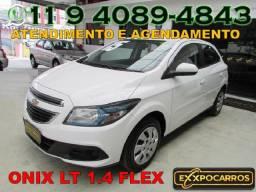 Chevrolet Onix Lt 1.4 Flex - Ano 2015 - Completo - Bem Conservado - Financio
