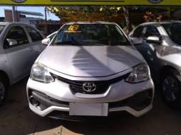 Toyota etios 1.5 completao novissimo unico dono com gnv