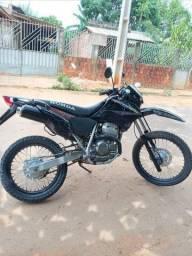 Vendo moto tornada ou troco por broz
