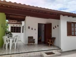 Casa p/ Temporada em Ubatuba á 400 mts da Praia!