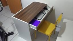 Escrivaninha com gaveta Fênix