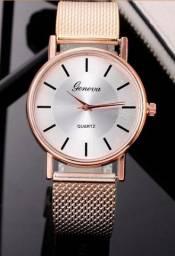 Relógio feminino Geneva novo.