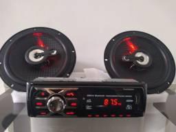 Kit automotivo rádio com Bluetooth e USB + alto falantes de portas, novos com garantia