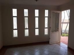Excelente casa a venda em Botucatu