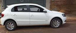 Troco por carro mais novo Saveiro ou Jetta