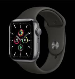 Apple Watch SE 44 mm cinza espacial