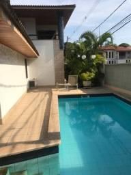 Casa duplex para venda na Mata da Praia
