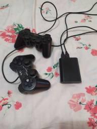 Vídeo game retrô com dois controles e mais de 12000 jogos da sua infância