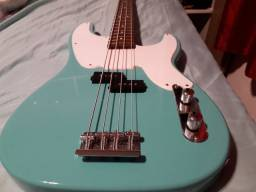 Baixo Valley Precision Bass