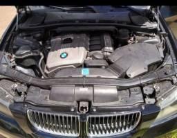 Vendo ou troca BMW 330i 2005/06