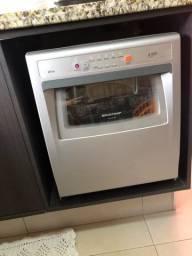 Máquina de lavar louça ative