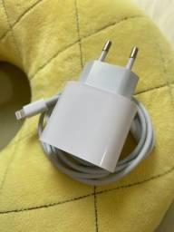 Carregador iPhone com carregamento rápido apple