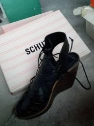Sapato Schutz tamanho 36
