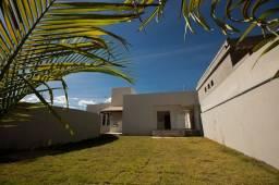 Linda casa no Parque Portugal próximo ao lago!!