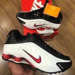 Tênis Nike Shox R4 ORIGINAIS TEMOS MAIS CORES