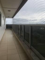 Alugo apartamento no Edifício Moriah