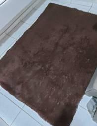 Vendo esse lindo tapete felpudo em perfeito estado de uso
